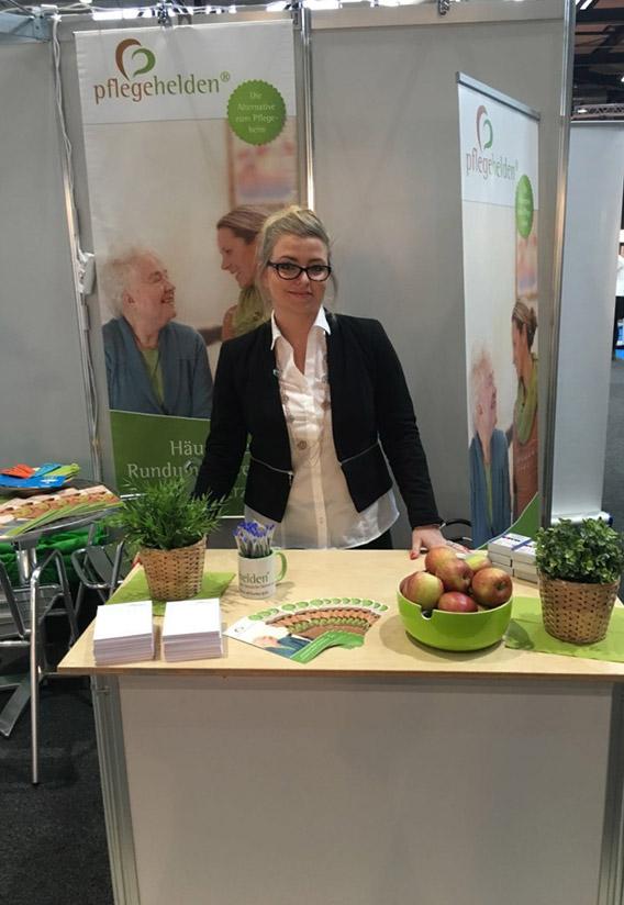 Kamila Krawczyk Pflegehelden-Offenburg-auf-der-Gesundheitsmesse-Freiburg